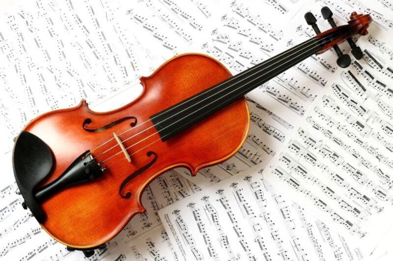 Как нарисовать скрипку поэтапно